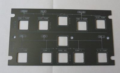 Face avant du panel, gravée à la CNC