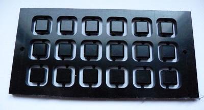 Usinage recto des capuchons pour les boutons poussoirs